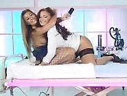 Amanda & Ani