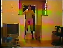 Sex Crazy Vintage Amateur Video:hairy Wife Is Dancing