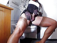 Horny Wanking In Full Fashion Stocking