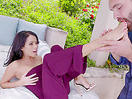 Petite Foot Fetish With Alluring Brunette Giving A Foot Job