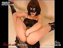 Flexible Milf In Black Boots Is Shoving Her Huge Sex Toy Deep In