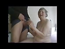 Follando A La Abuela