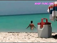 Hot-Naked-Pussy-Video-At-The-Beach-Filmed-On-Voyeu
