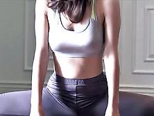 Flexible China Kamino Stretching & Workout