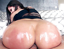 Anal Slut Gets Her Ass Worked By A Wide Arrange Of Instruments