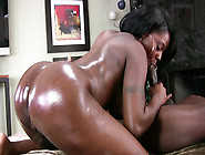 Ebony Babe Barbie Banxxx Enjoys Riding Bbc