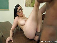 Noelle Easton Is One Hot Curvy