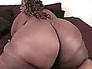 Extra Large Black Booty Jiggles Like A Jelly On Homemade Video