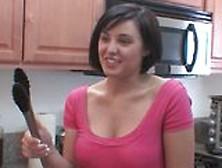 Brooke Adams Chiavata In Cucina