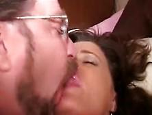 Beijando Corno Com Muita Porra Na Boca Mostrando Que Adora Uma B