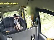 Hot Sexy Babe Fucked Hard Inside Taxi