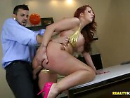 Pretty Mature Lady Kelly Divine Gets Good Fuck In Her Cunt