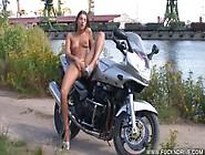 Fuckndrive. Com: Crazy Biker Girl
