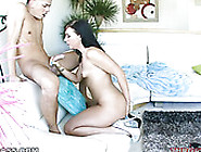 Cute Brunette Lady With Gigantic Booty Ashli Orion Gives Steamy