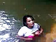 Novinha Metendo No Rio