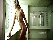 Supermodel Rosie Dancing Naked With Her Headphones On