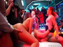 Drunk Sex Orgy: Magnifiche Ragazze Ubriache Scopano E Spompinano