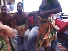 tube8 afrique danse