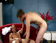 Muscle Hunk Gets Nailed Proper Hard By Pornstar Austin Wilde