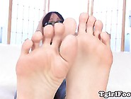 Foot Fetish Tgirl Teasing And Flexing Toes