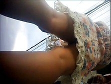 Upskirt Novinha Com Frontal No Final