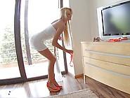 Long Legged Blond Beauty Ivana Sugar