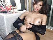 Thai Woman Fishtgirlworld Cumshot