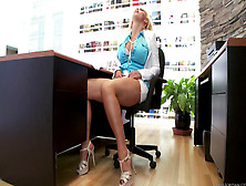 Nikki Benz - Interracial Fuck