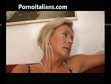 Italian Slut Fucks Mom With Son - Mamma Italiana Troia Scopa Con