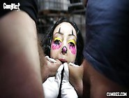 Cumbizz Dutch Teen Bukakke Facial Blowbang Killerclown Beat Down