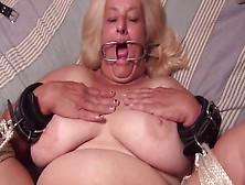 Бесплатно порно старухи анал фото 139-408