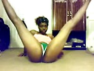 Sexy Ebony Teen Booty Shaking Nude