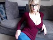 Find6. Xyz Cute English Rose Fingering Herself On Live Webcam