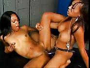 Ebony Girls Use Strapon