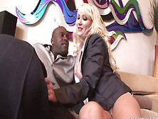 Missy Woods Gets Anal From Lex