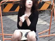 Peeing Asian Uses Panties