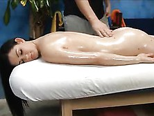 Kendall Karson's Hot Ass Jiggles As She Gets An Oiled Up Massage