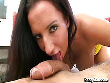 Seducing Chunky Richelle Ryan Gives A Magic Bj