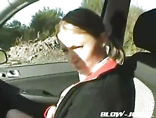 Horny Girl Fucked By The Roadside