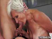 Sexy lesbens having sex
