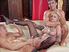 Bonnie Rotten Having A Massive Squirt During A Hardcore Threesom