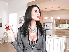 Milf Leaves Work For An Incredible Afternoon Fuck In Lingerie
