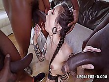 Black Guys Are Always Eager To Fuck Luna Lovely And Make Her Scream From Pleasure While Cumming