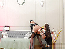 Stockings Brit Eats Pussy