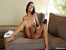Noelle monique nackt