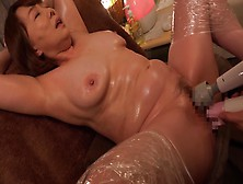 Scd-185 - Pies To The Fifty Busty Mother