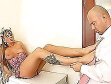 Christina Lee Gets Stunnilgly Fucked In The Laundry